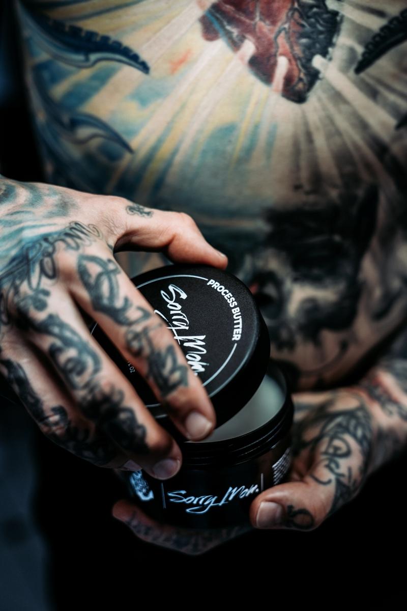 sorry-mom-romania-unt-vaselina-process-butter-proces-tatuaj-tattoo-artist-vindecare-tatuaje-bucuresti-tattooartist-11
